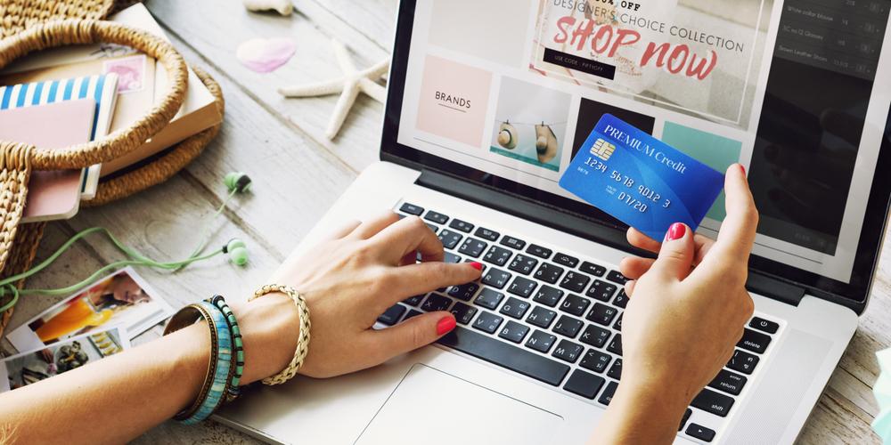 instagram ecommerce pinterest ecommerce online shopping social media influencer marketing in app purchases captiv8