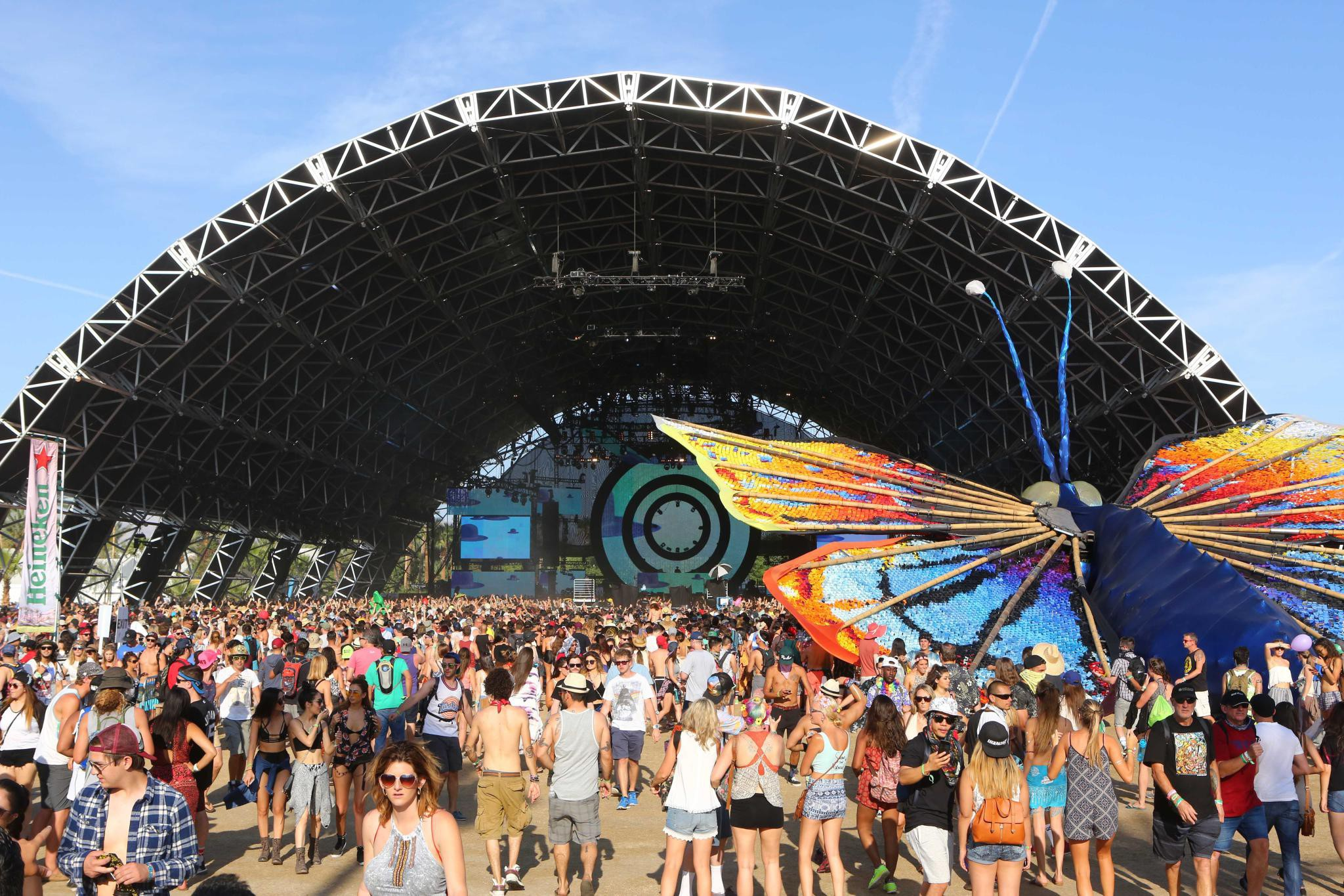 coachella influencer marketing brand marketing experiential marketing captiv8 instagram